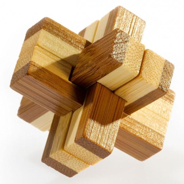 "Kleines Bambus Puzzle ""Knotty"""