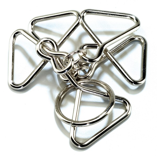 Eureka Racing Wire Puzzle #15