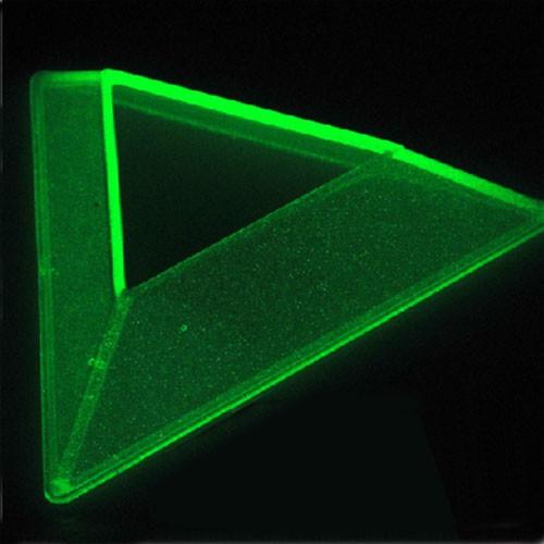 Dreieckiger Sockel für Cubes fluoriszierend
