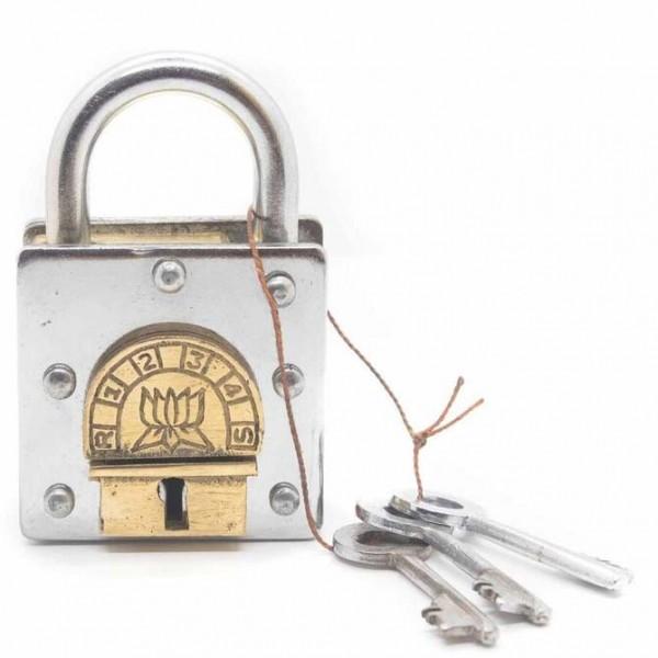 Side Trick Lock 4