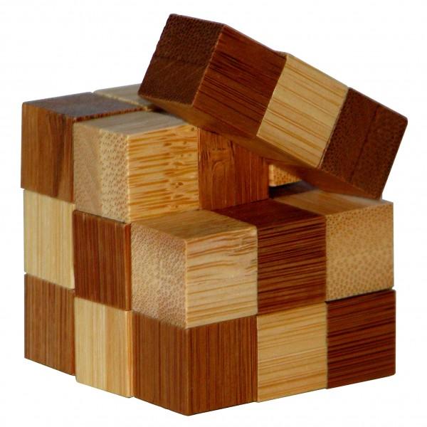 "Kleines Bambus Puzzle ""Snake Cubes"""