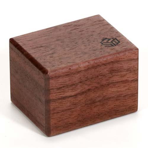 Karakuri Small Box 3