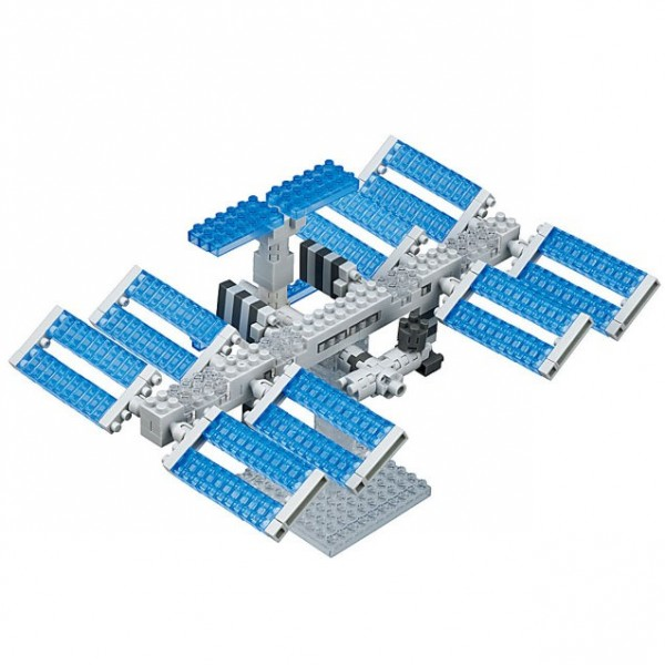Nanoblock: Space Station