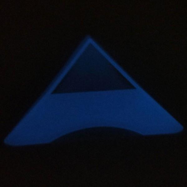 Dreieckiger Sockel für Cubes fluoriszierend (Rundung)