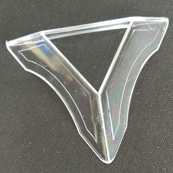 Dreieckiger Sockel für Cubes transparent (Rundung)